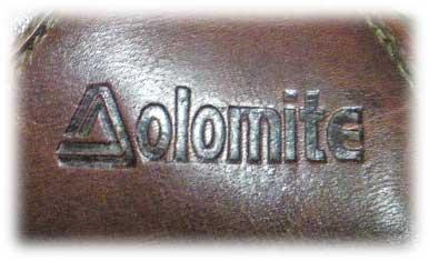 ドロミテ(Dolomite)ロゴ