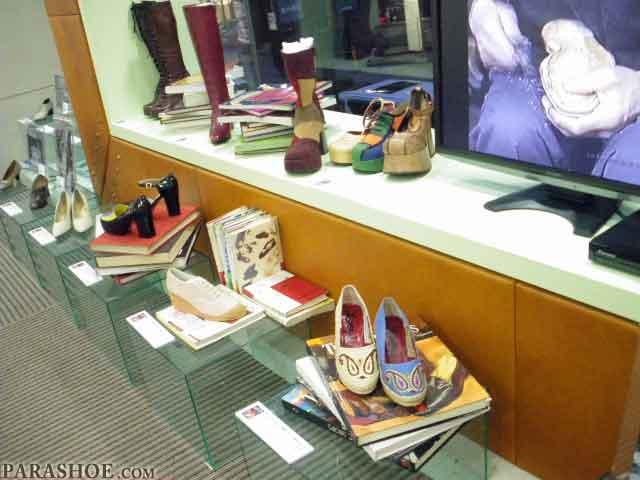 名靴、流行靴30選 展示スペース写真1