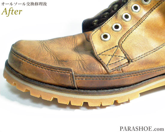 ティンバーランド(Timberland)レースアップブーツ キャメル(メンズ 革靴・カジュアルシューズ・紳士靴)オールソール交換修理(靴底張替え修繕リペア)/ビブラム(vibram)1136(アメ)-マッケイ製法 修理後のウェルト部分