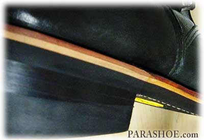 レザーミッドソールカスタムリペア修理したブーツの革積みヒール