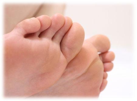 素足の足の裏