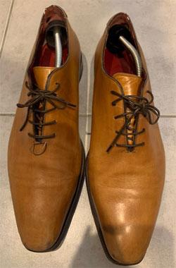 ホールカットの紳士靴(革靴・ビジネスシューズ)修理依頼品